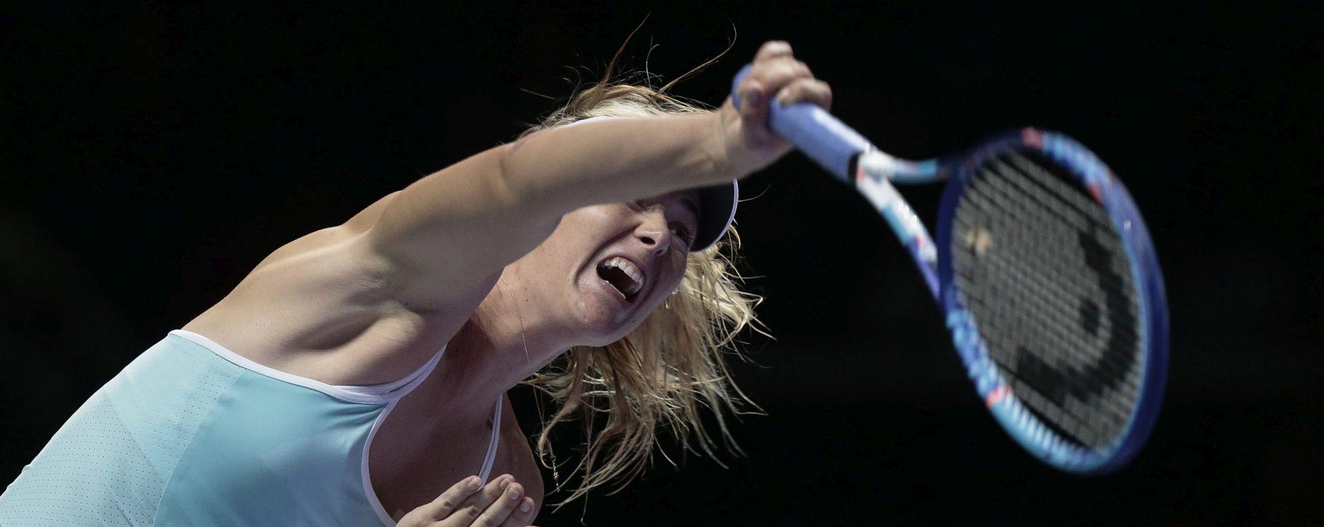 WTA Championships: Šarapova povukla Radwansku u polufinale