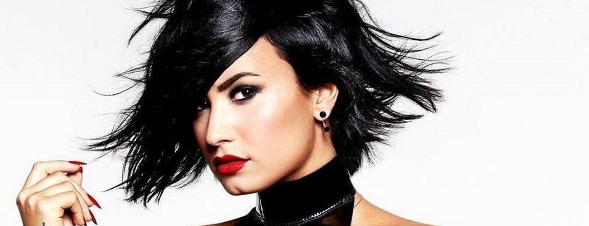 VIDEO: Demi Lovato odlično otpjevala američku himnu na utakmici