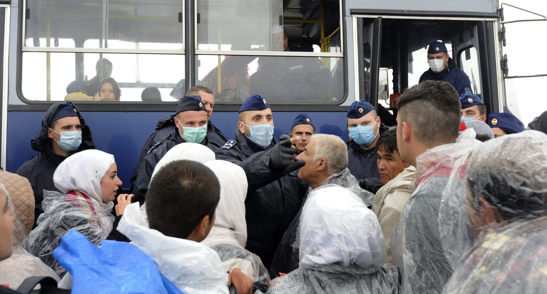 Jedna žrtva u sudaru autobusa s migrantima i kamiona na jugu Srbije