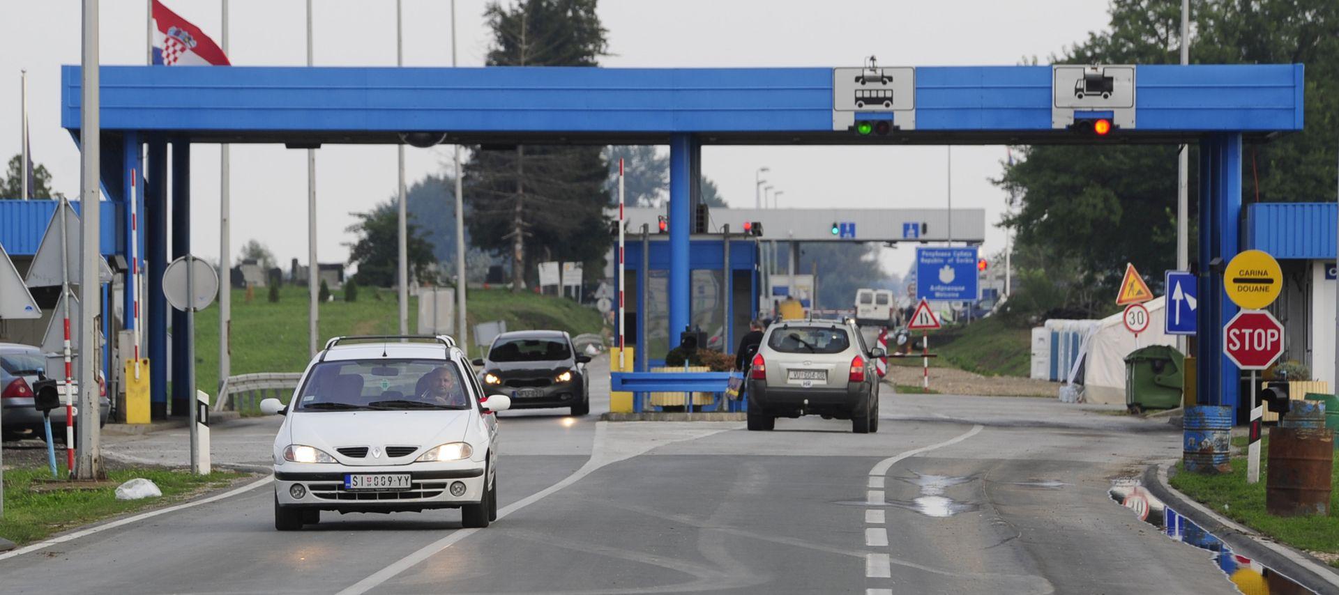 Iznimno velike gužve na južnom prijelazu granice BiH i Hrvatske