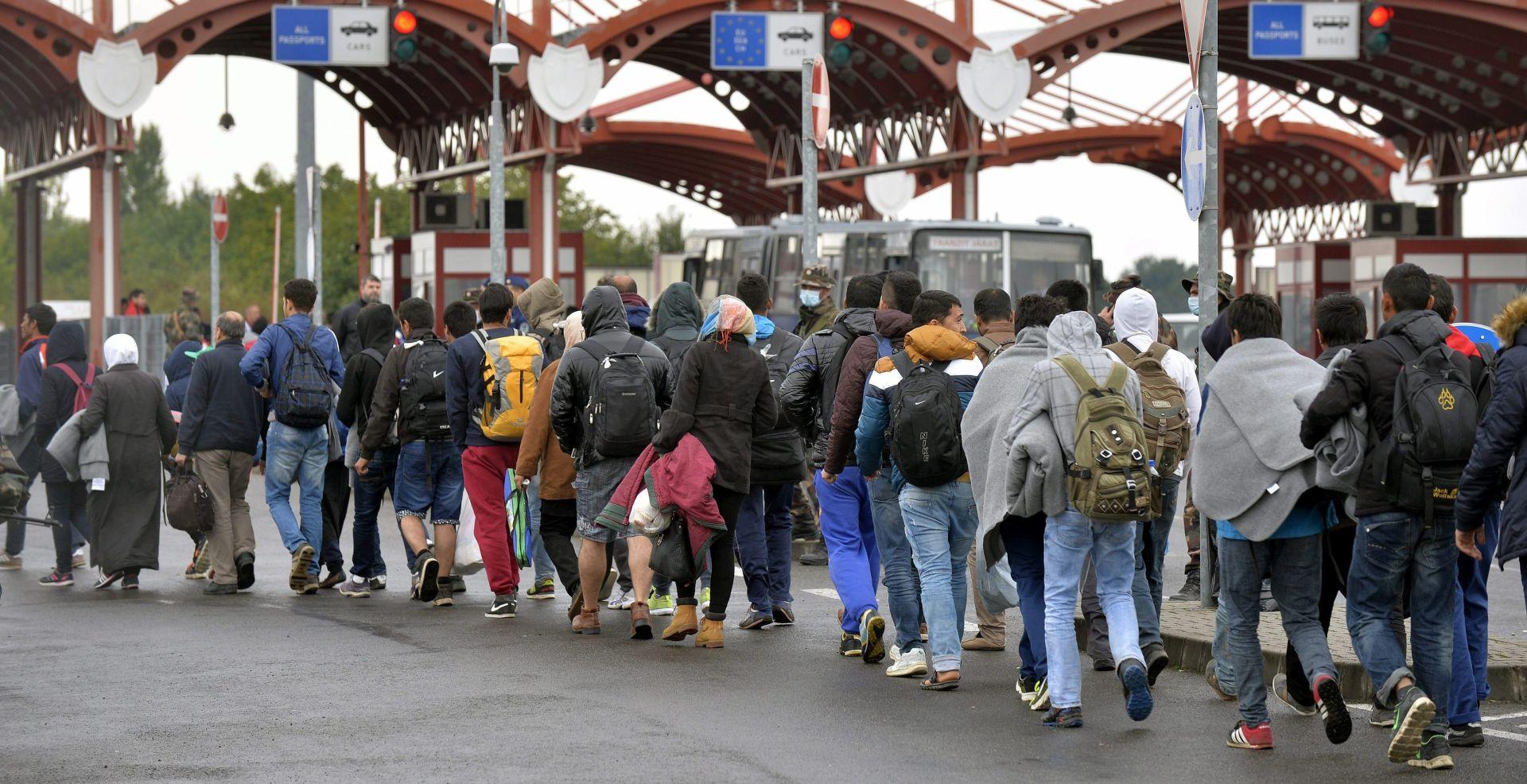 Slovenija u kontaktu s Njemačkom i Austrijom kao i zemljama na migrantskoj ruti