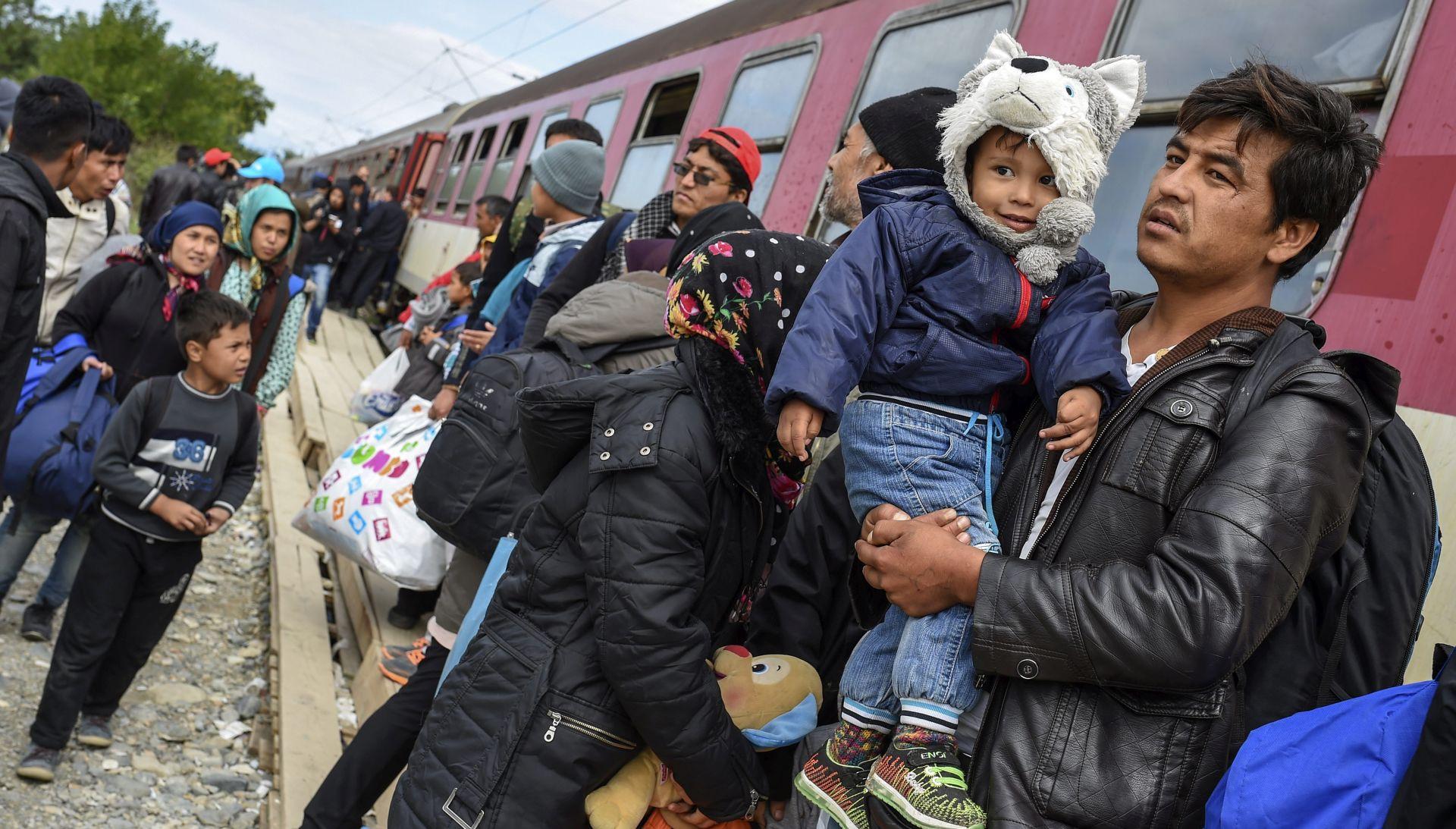 SZIJJARTO Mađarska spremna zatvoriti granicu prema Hrvatskoj