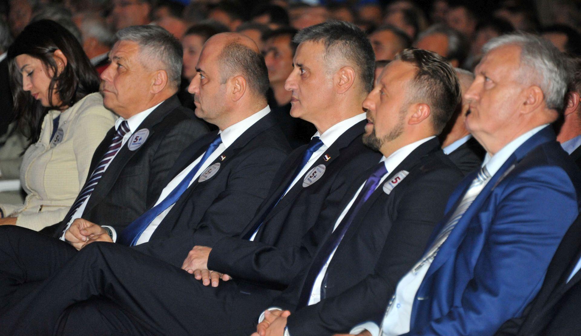 HDZ: Sinčić pokazao isto lice kao i sve nervozniji premijer na odlasku