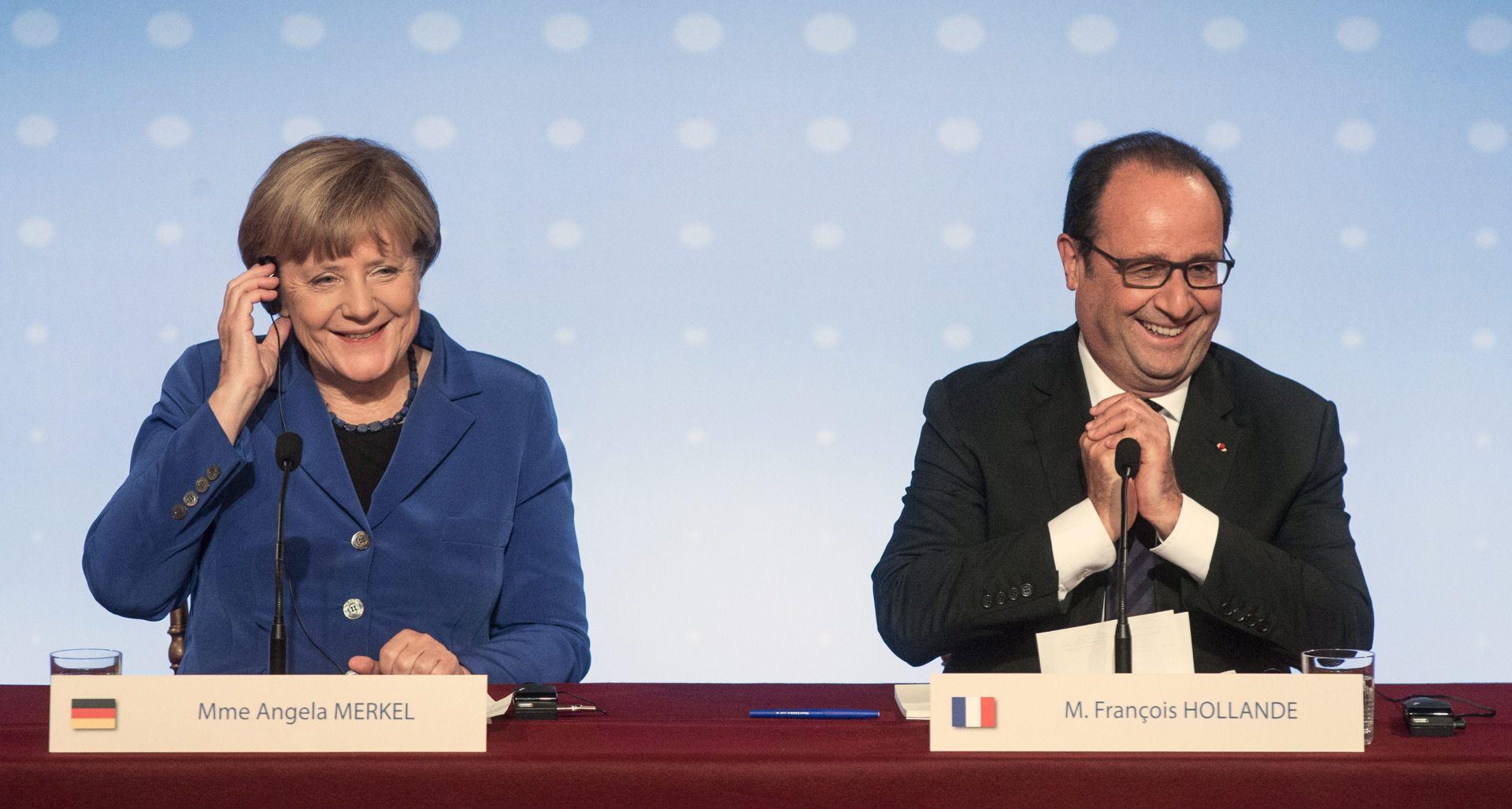 Merkel i Holande traže od Putina da udarima gađa samo IS, Porošenko: Rusija još ima puno posla
