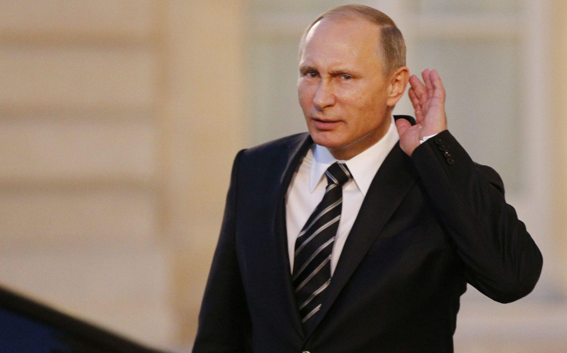 UPOTRIJEBILI NOVE KASETNE BOMBE Putin: Rusija ne želi biti uvučena u međuvjerski rat u Siriji