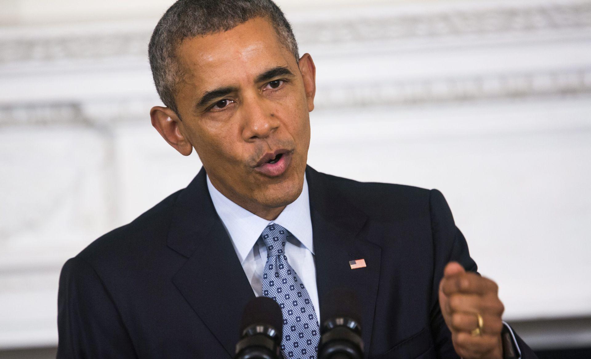 """ŠALJE SPECIJALNE SNAGE Obama: Dodatne američke snage pomoći će da se """"pritisne"""" IS"""
