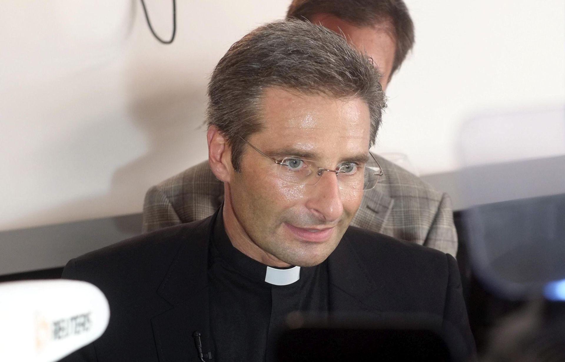"""Charamsa: Crkva homoseksualcima život pretvara u """"pakao"""""""