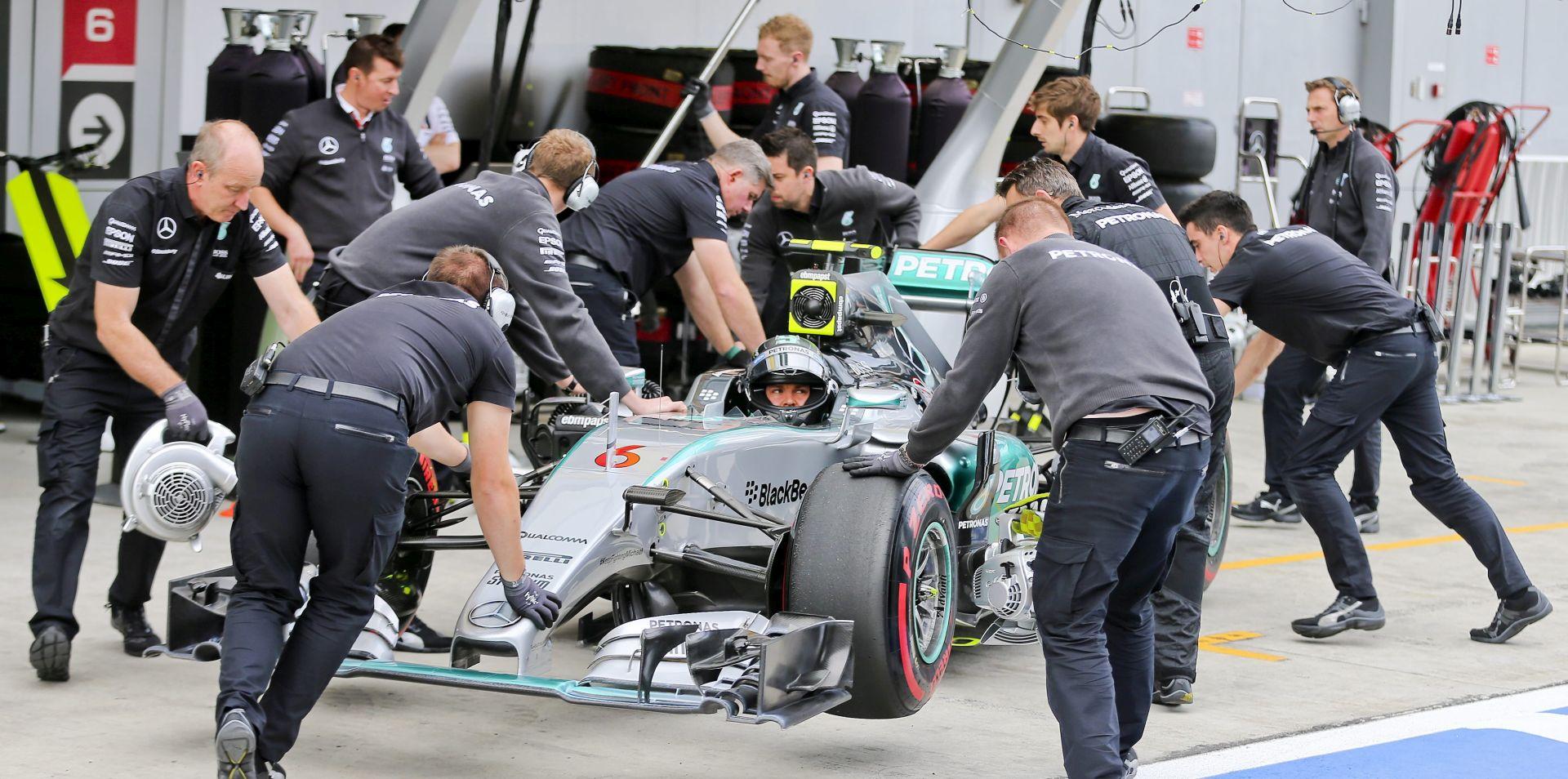 VELIKA NAGRADA RUSIJE Rosbergu prva startna pozicija, Hamilton kreće drugi