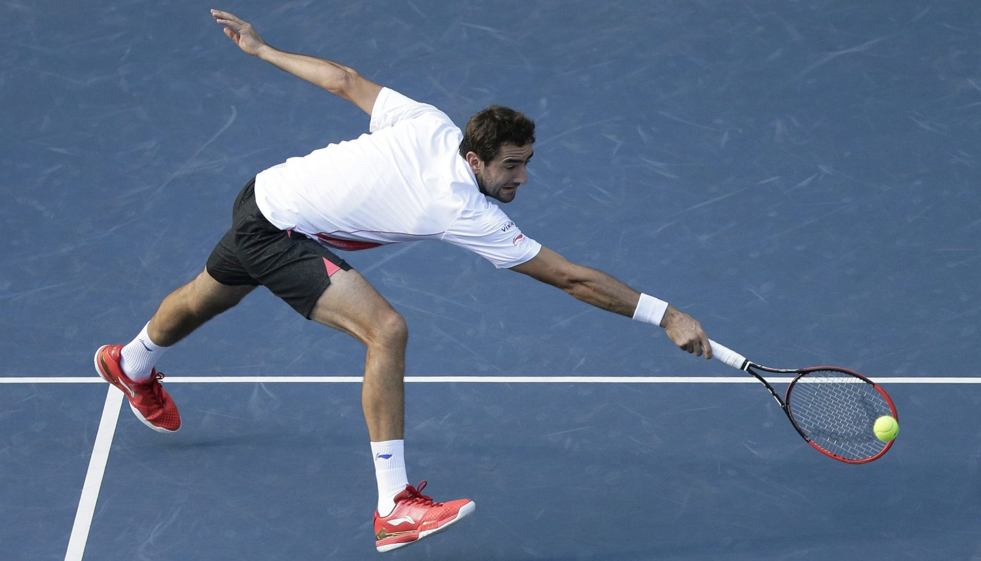 MASTERS ŠANGAJ Wawrinka bolji od Čilića, u četvrtfinalu ga čeka Nadal