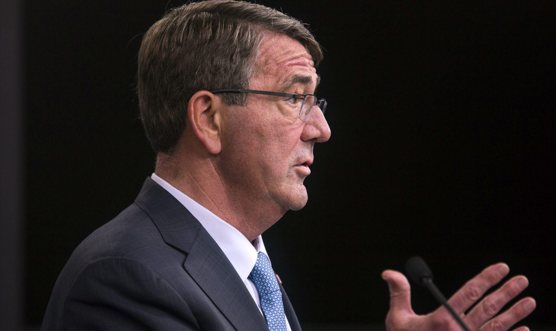 ASH CARTER Pojačat ćemo napade protiv ISIS-a, možda pošaljemo i kopnenu vojsku