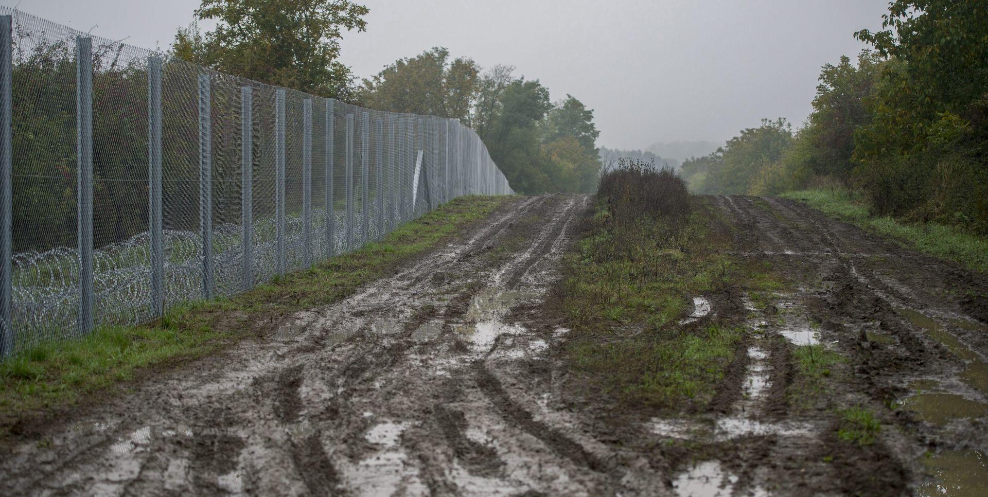 """VLADA: Mađarska ne namjerava otvoriti """"koridor"""" za migrante"""