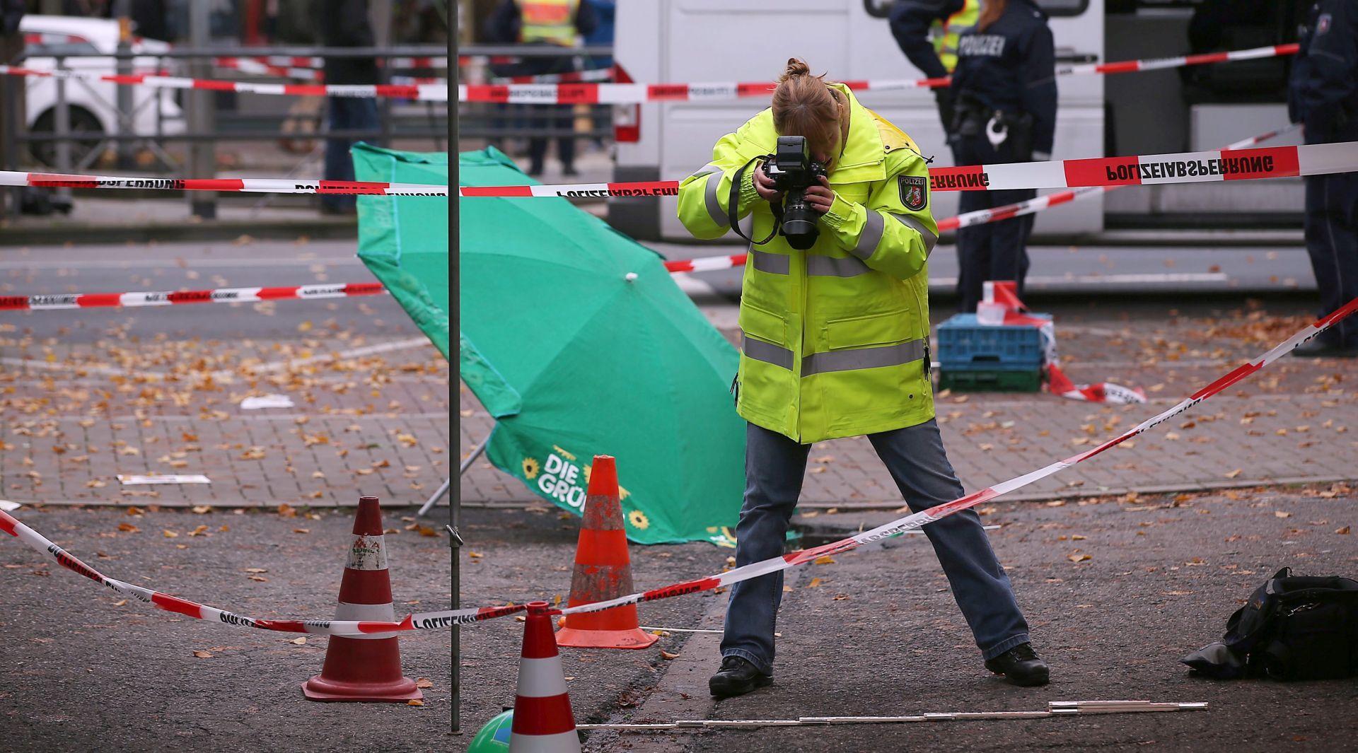 HENRIETTE REKER Kandidatkinja za gradonačelnicu Kölna izbodena u vrat, uhićen napadač
