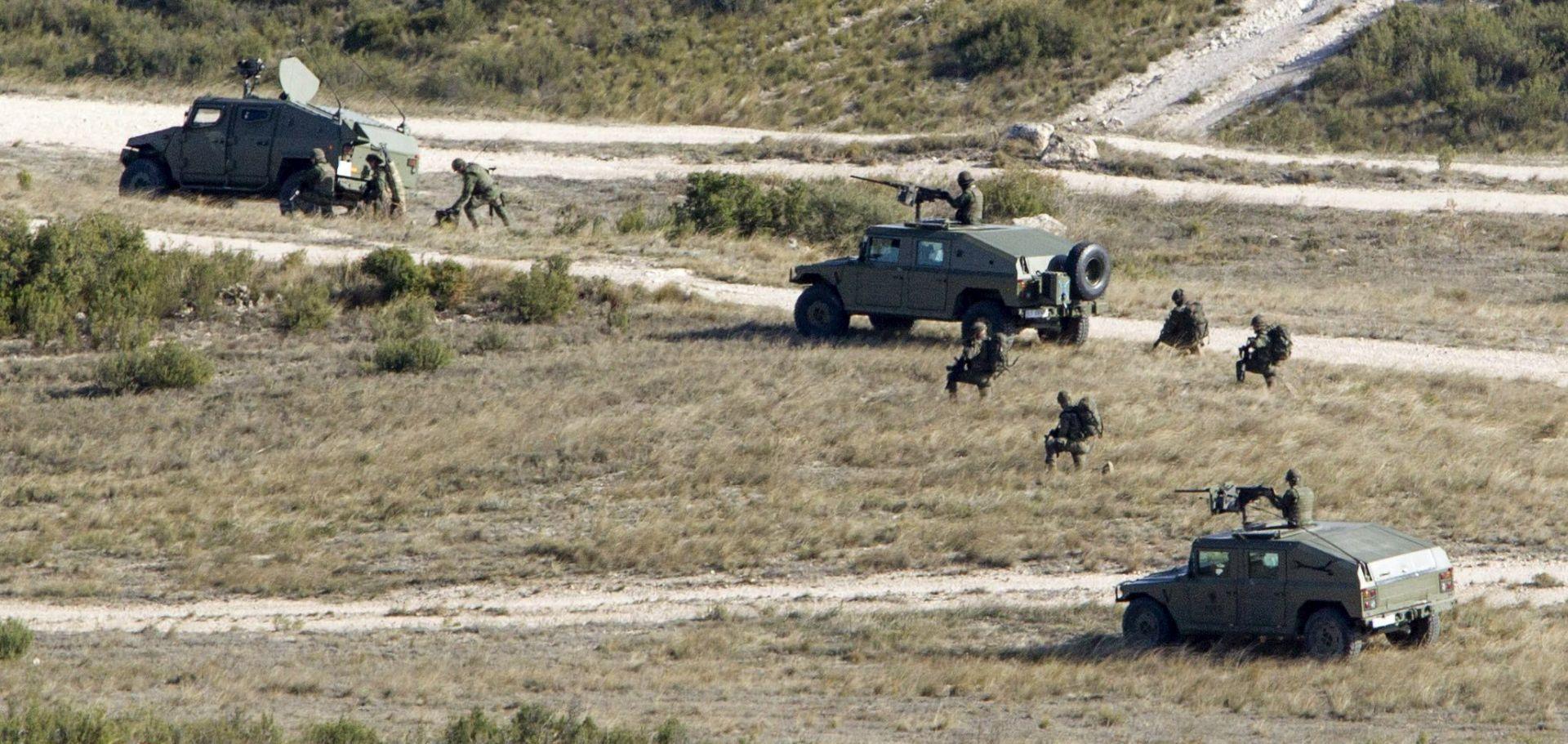 MASKIRANI NAPADAČ U BIJEGU Pucnjava u belgijskoj vojnoj bazi – muškarac pokušao aktivirati autobombu