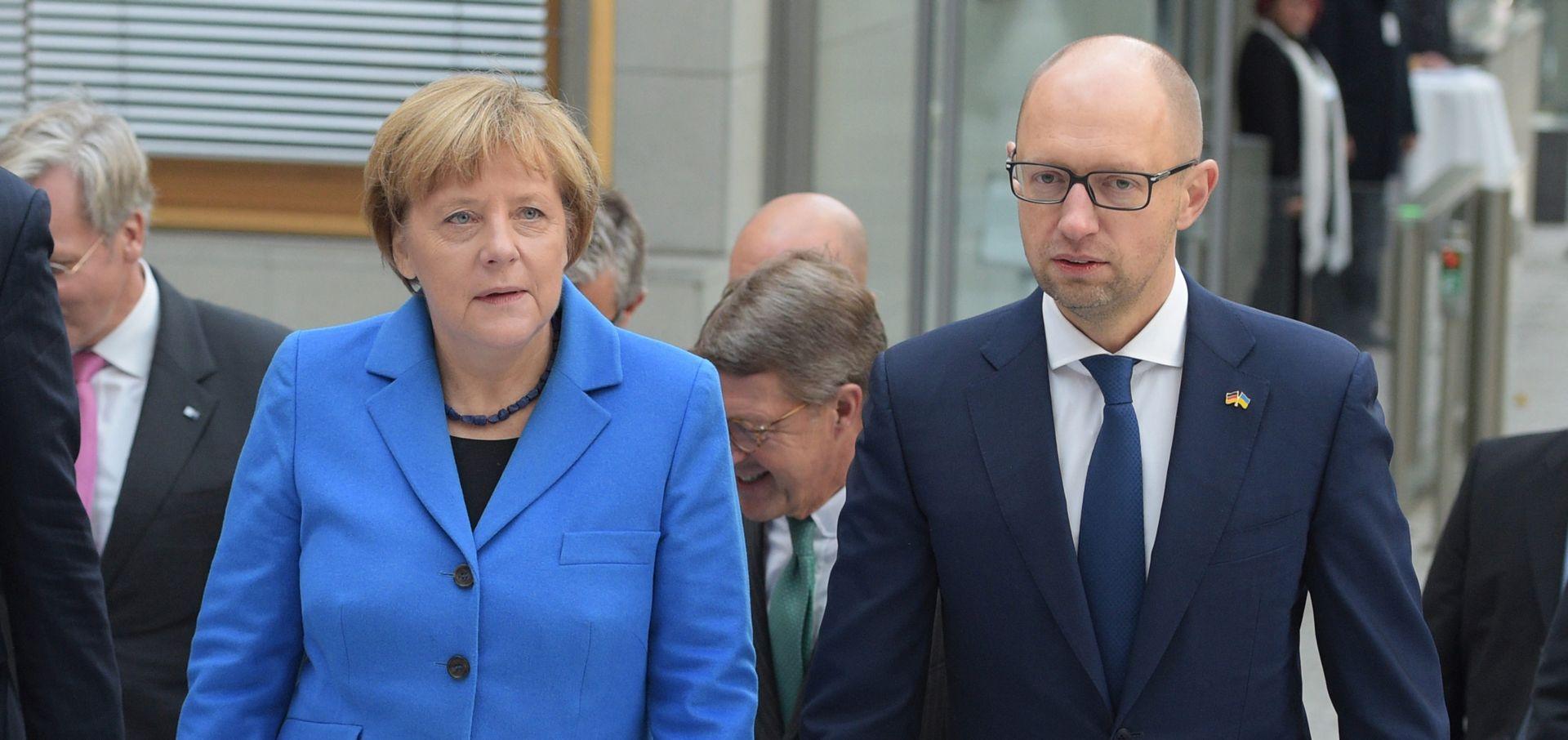 Merkel želi dobre gospodarske odnose i s Ukrajinom i s Rusijom