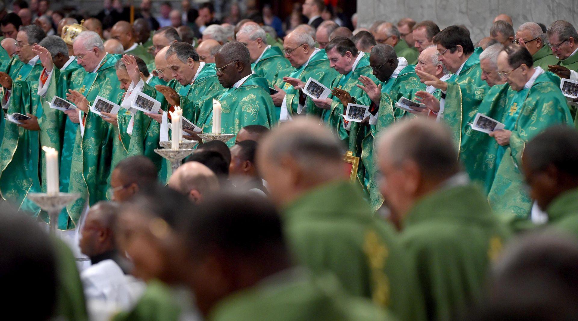 """Crkva je """"otvorila vrata"""", ocjenjuje udruga katolika homoseksualaca"""