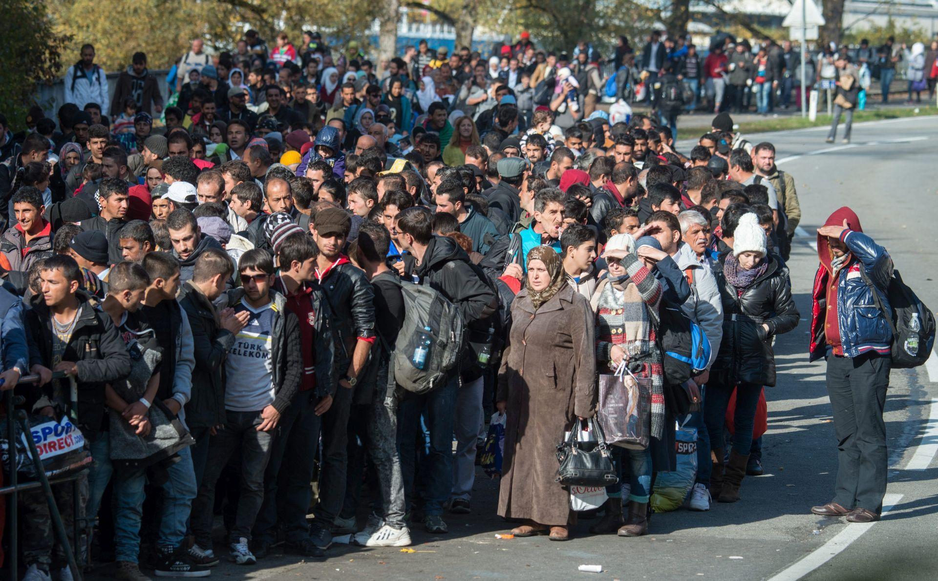 ŽIVOTE IZGUBILO VIŠE OD 3.770 LJUDI Za migrante 2015. godina najsmrtonosnija dosad