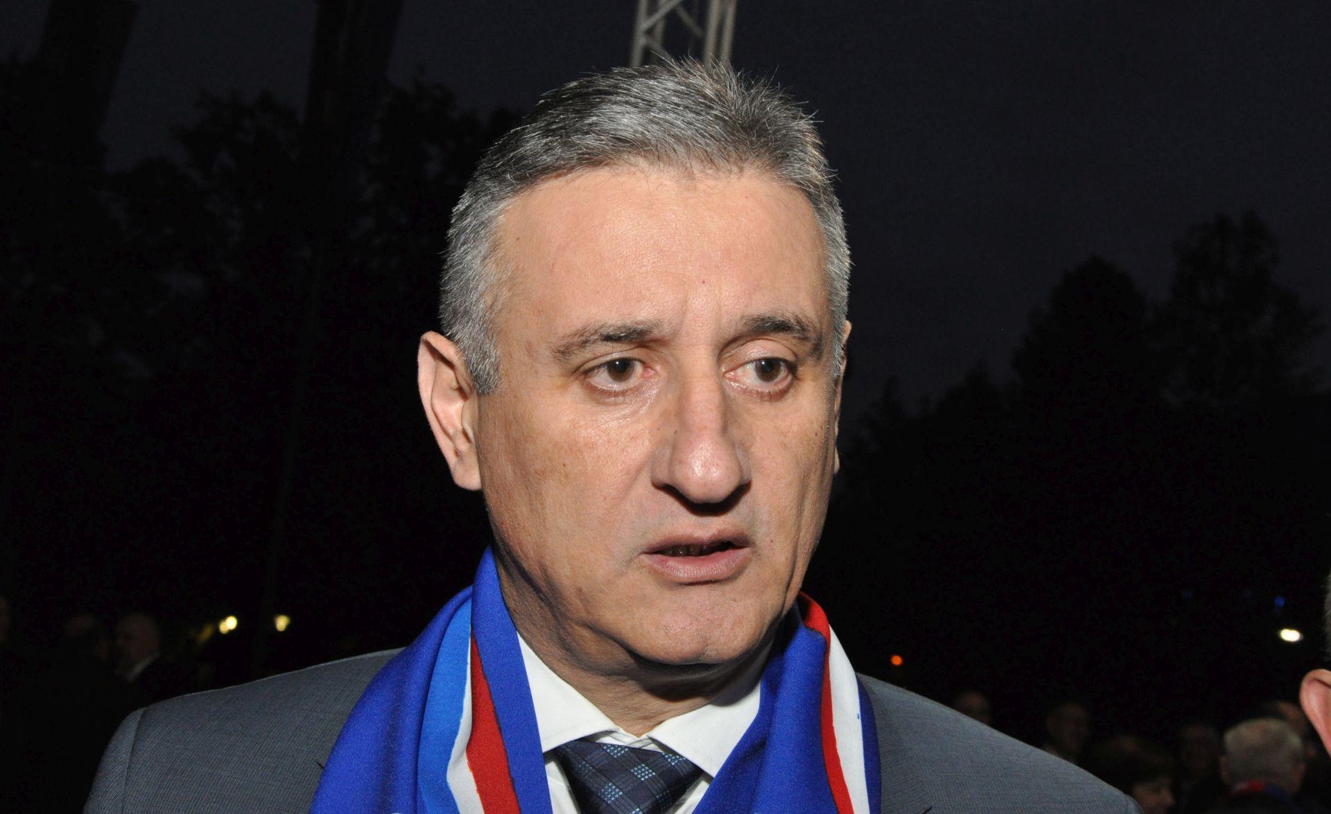 IZBORI 2015. Karamarko u Mostaru: Svi Hrvati trebaju živjeti zajedno u EU