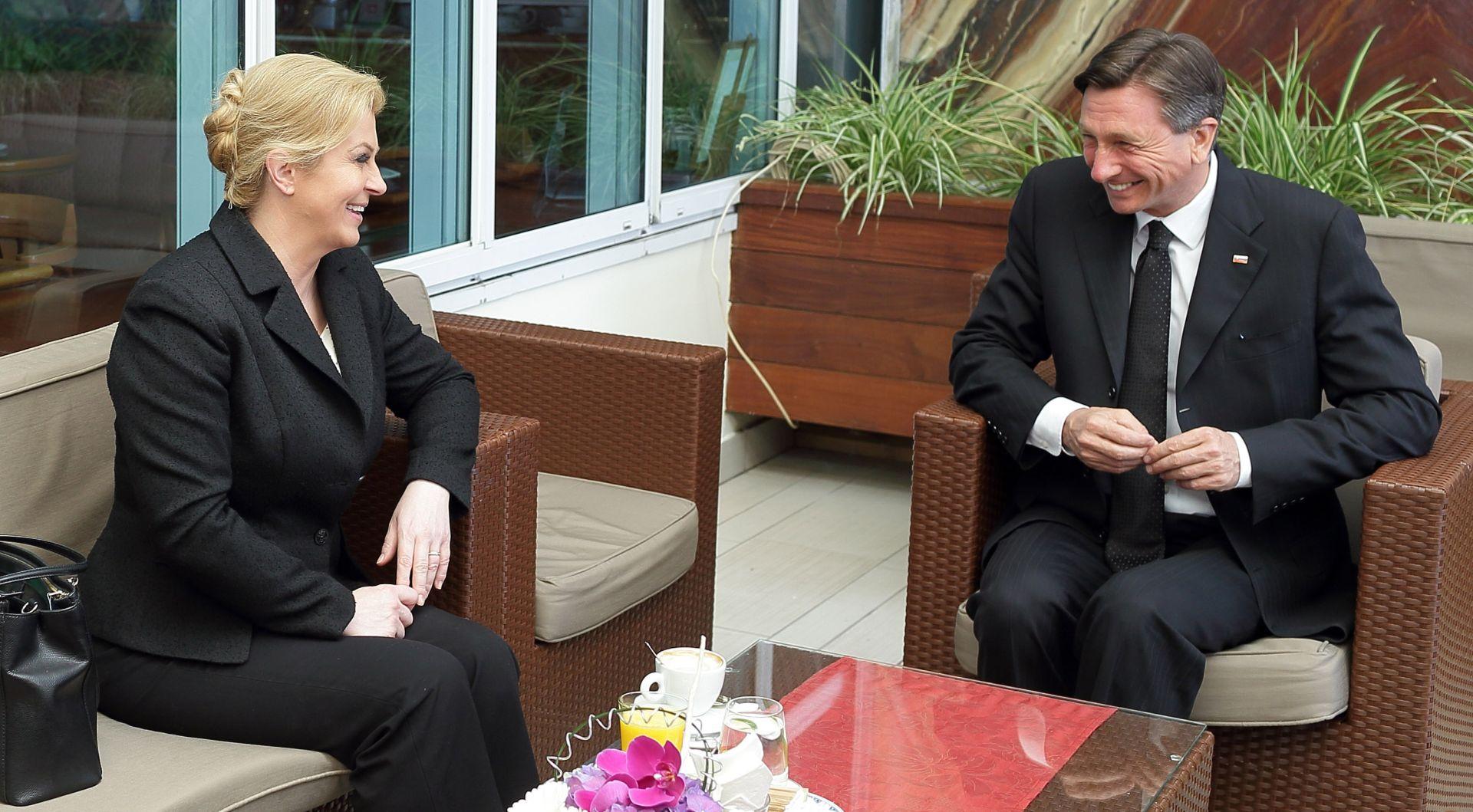 Grabar-Kitarović i Pahor istaknuli potrebu bolje suradnje u migrantskoj krizi