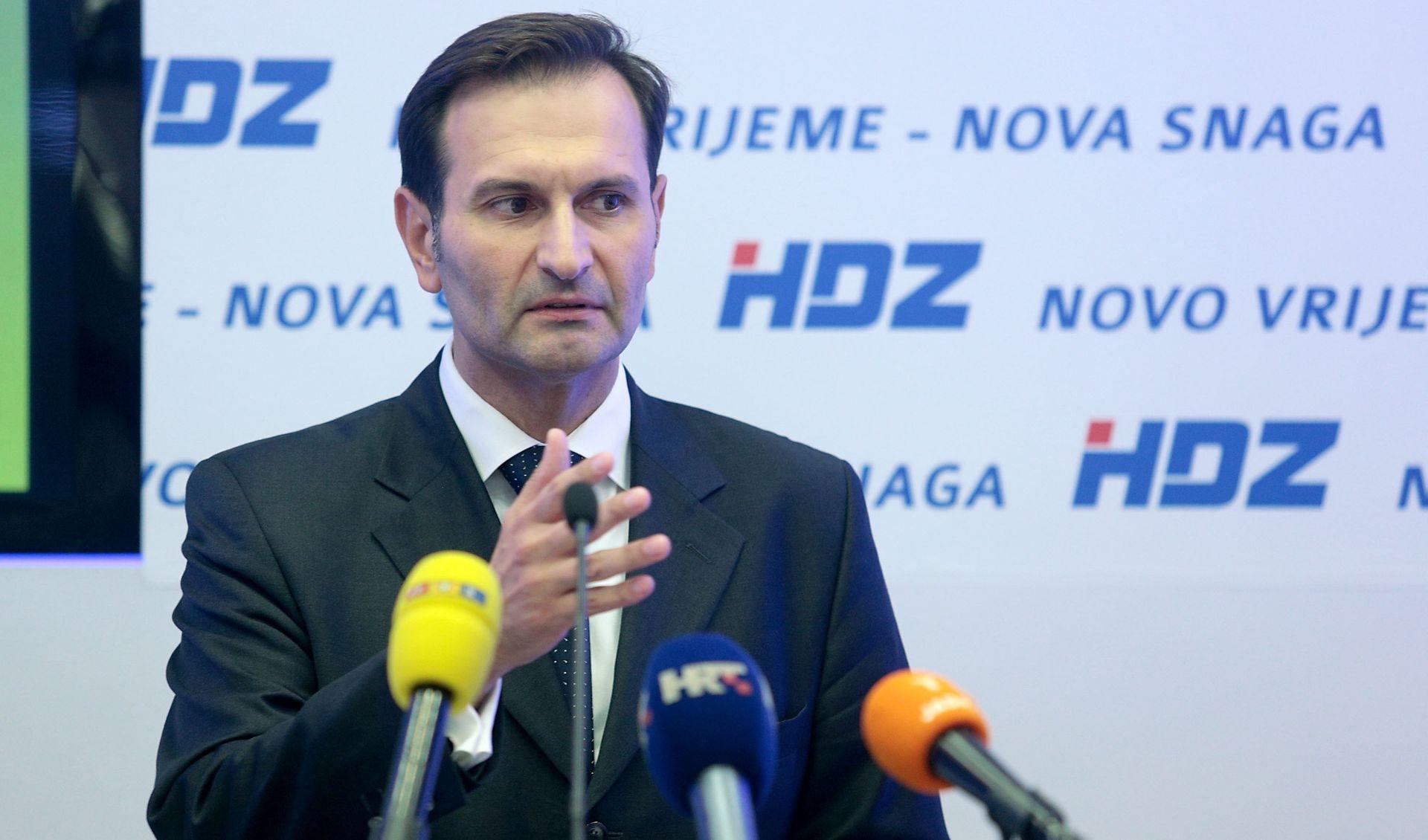 MIRO KOVAČ Milanović je ministrant, a Hrvatska je ispala crna ovca