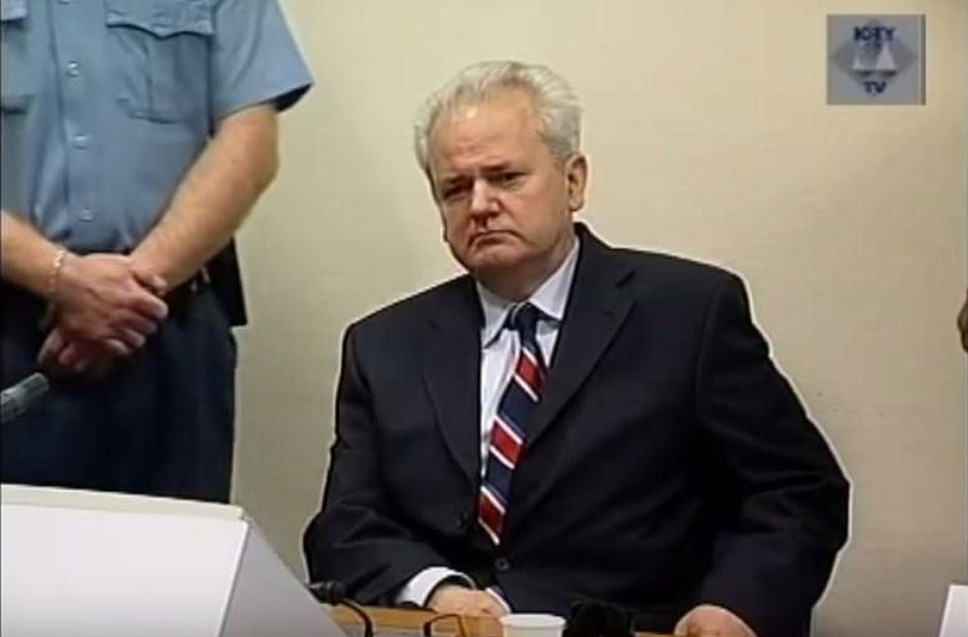 Obljetnica pada Slobodana Miloševića – neostvarene nade i revolucija koja je pojela svoju slavu