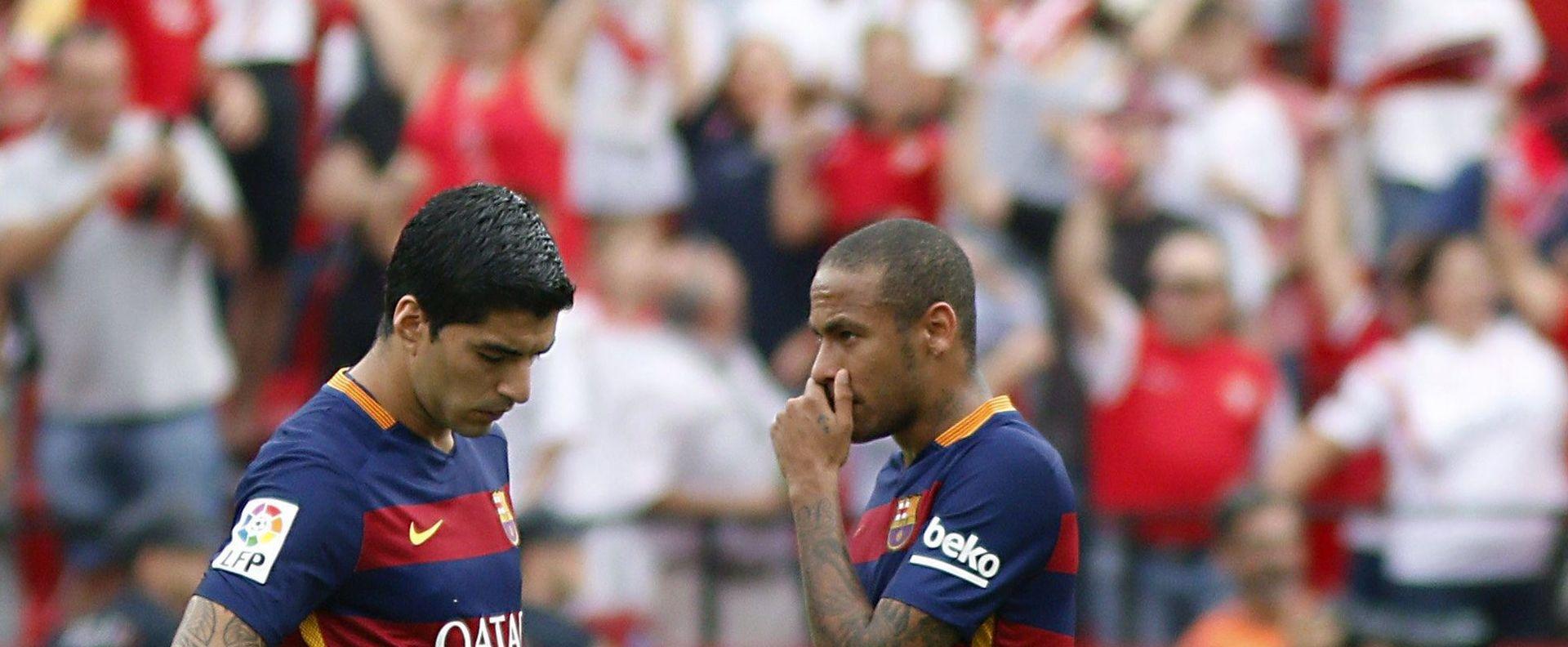 Primera: Barcelona posrnula u Sevilli