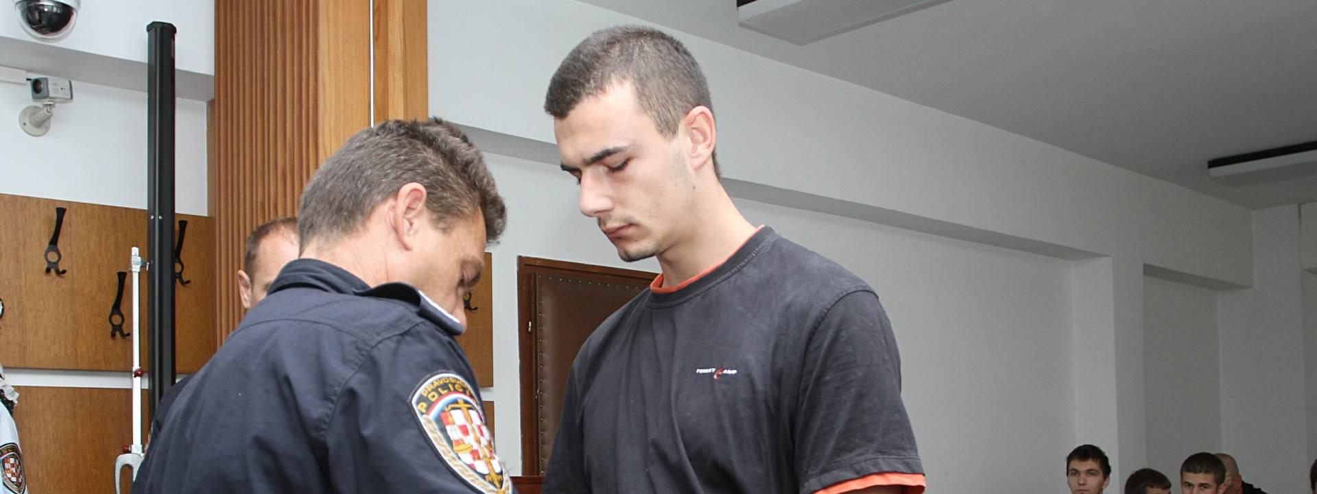LJUBOMORA: U ponedjeljak presuda za ubojstvo dvojice mladića u Vojniću 2013.