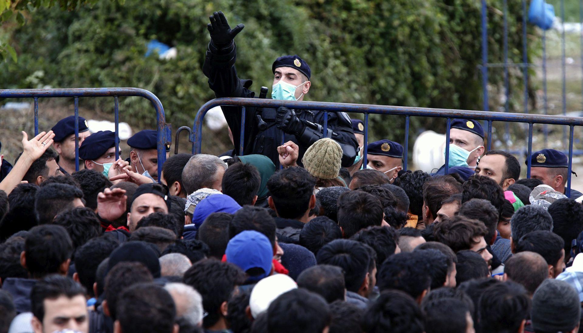 Mađarska od ponoći zatvara zelenu granicu s RH i postrožuje režim na prijelazima; Cerar sazvao Vijeće za nacionalnu sigurnost