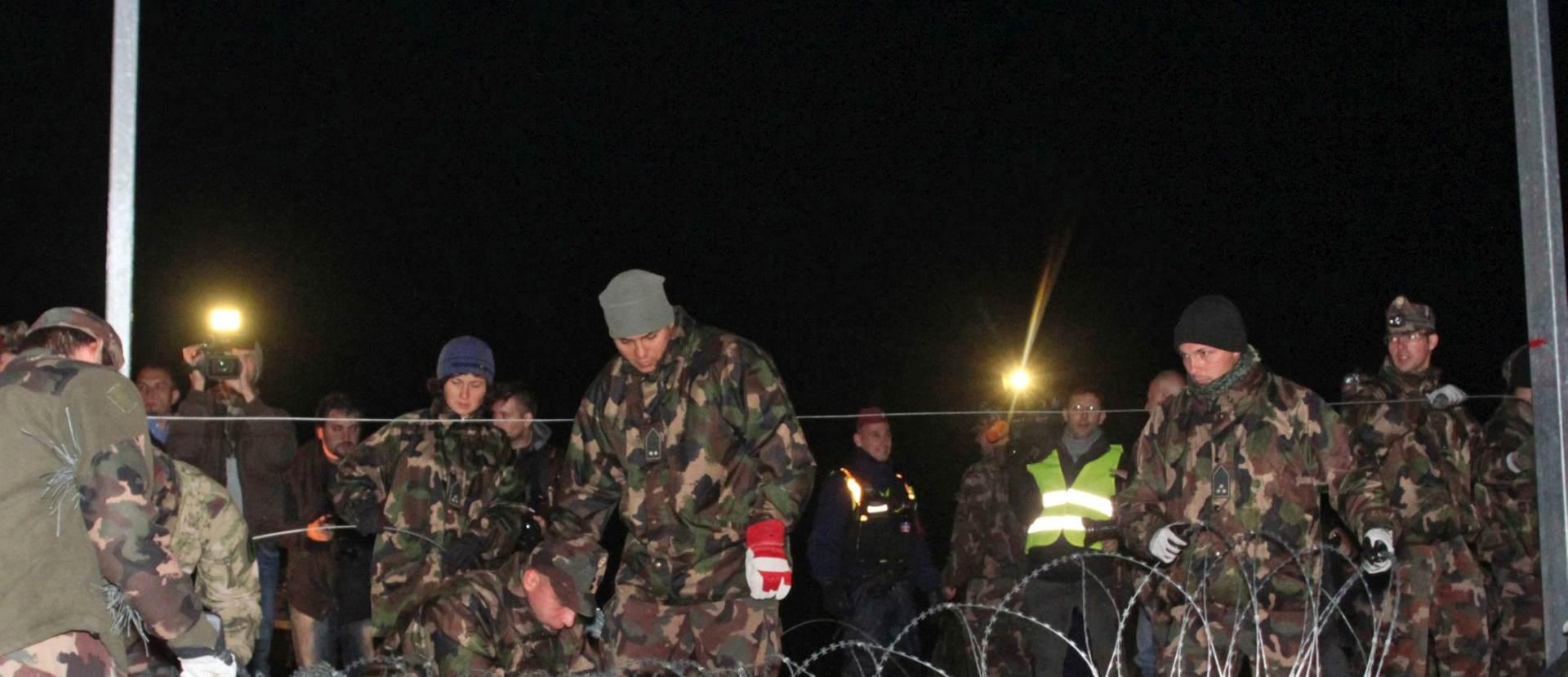 VODENI TOPOVI,VOJSKA,BODLJIKAVA ŽICA: Mađarska zatvorila granice s Hrvatskom