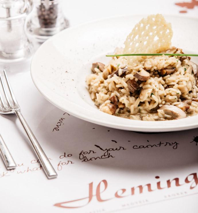 U svojoj 11 godini Hemingway Bar & Bistrot postaje restoran