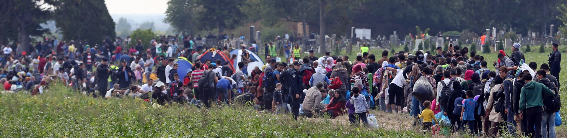 111.155: MUP i dalje očekuje priljev migranata s područja Srbije
