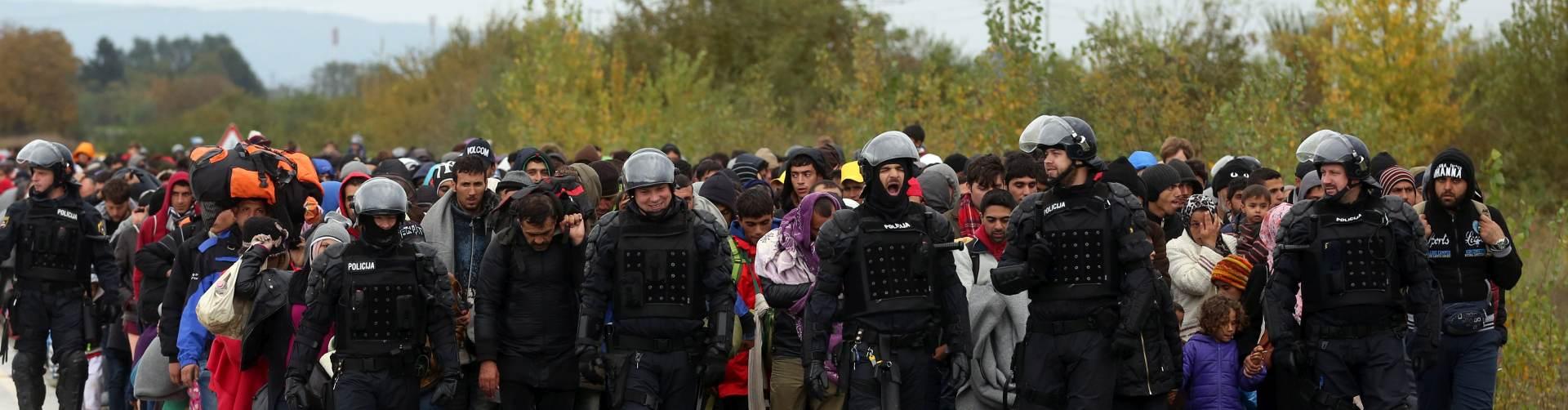 UŽIVO IZBJEGLIČKA KRIZA: Austrija otvorila granicu, ušlo oko 6000 migranata