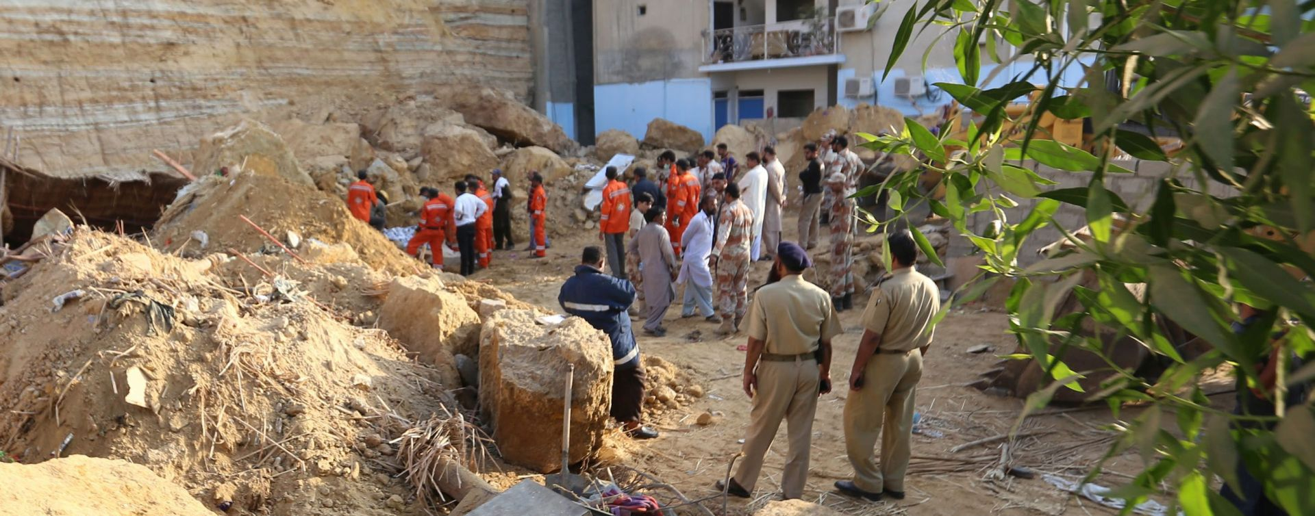 SLAMARICE Karachi: 13 osoba poginulo u rušenju stijena