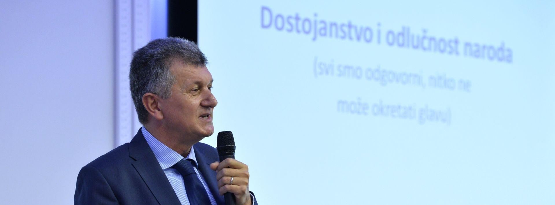 Kujundžić: Laž je da ćemo podržati Zorana Milanovića