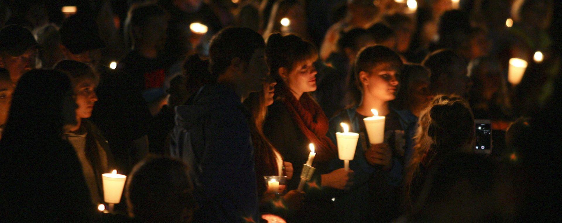 POKOLJ U OREGONU: Napadač se ubio, kaže šerif