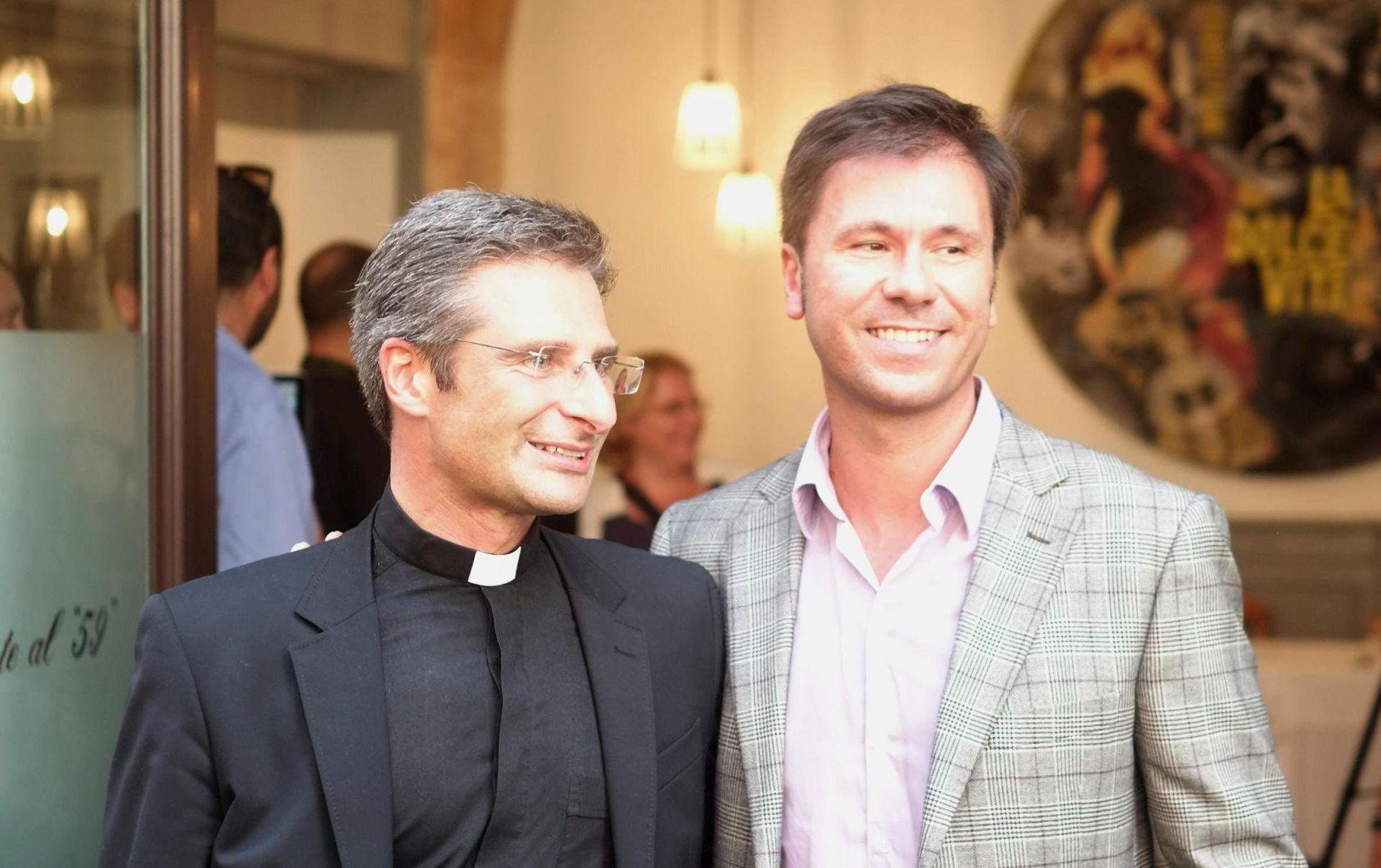 LGBT Otac Charamsa: Svećenstvo je velikim dijelom homoseksualno i homofobno