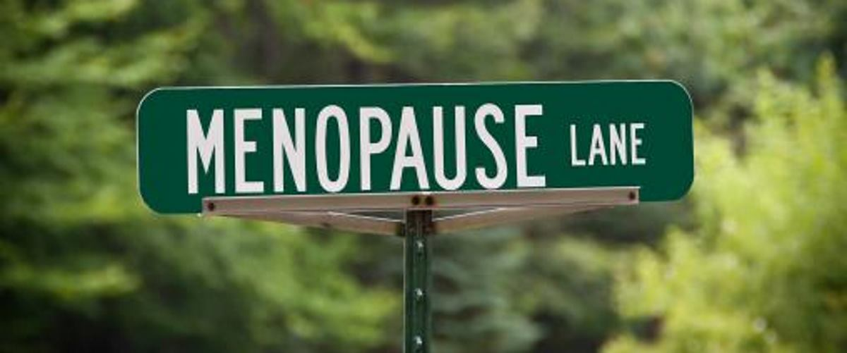 POTIČE STVARANJE NAKUPINA Priroda HDL kolesterola mijenja se tijekom menopauze