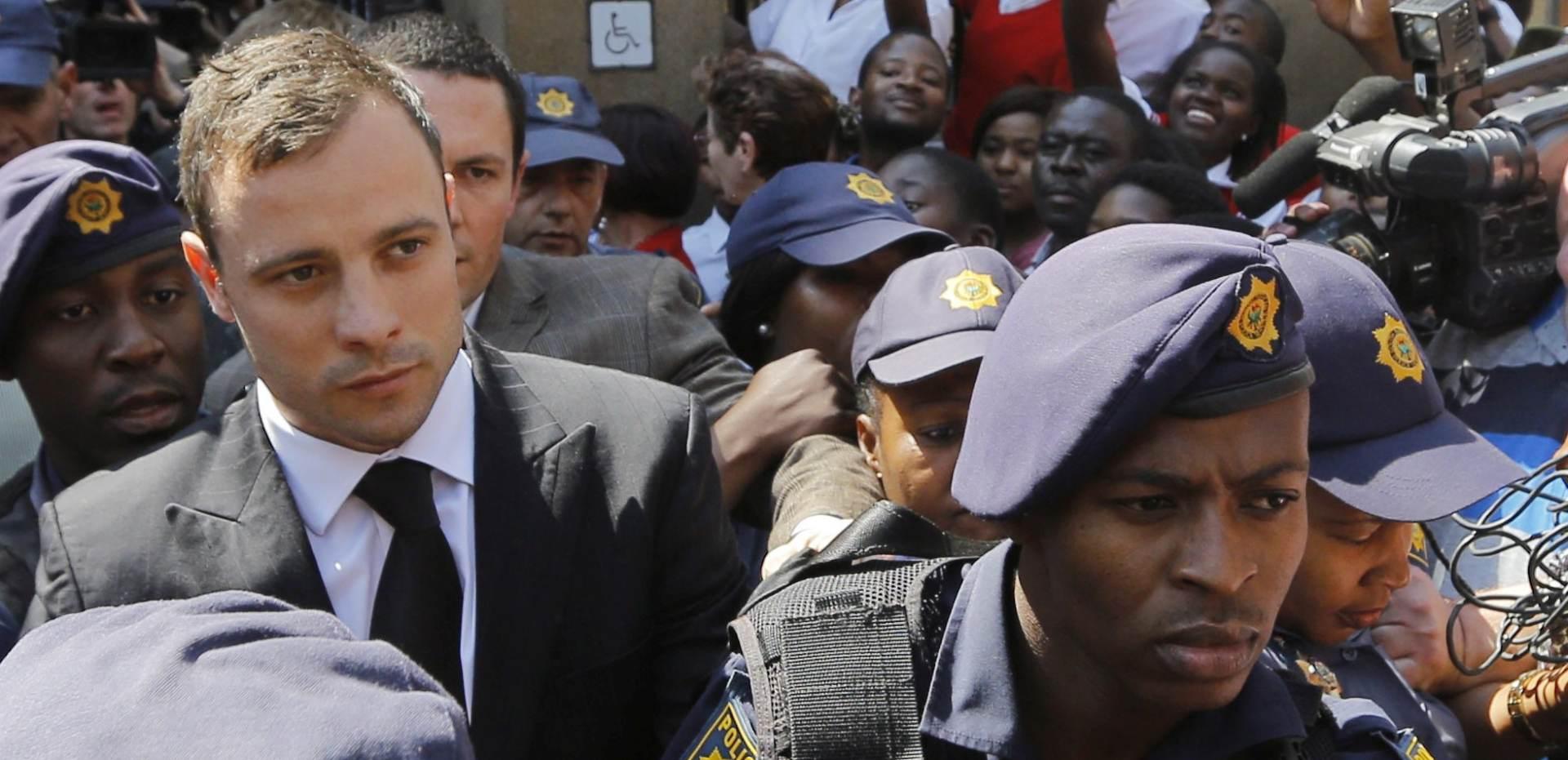 KUĆNI PRITVOR: Oscar Pistorius pušten iz zatvora