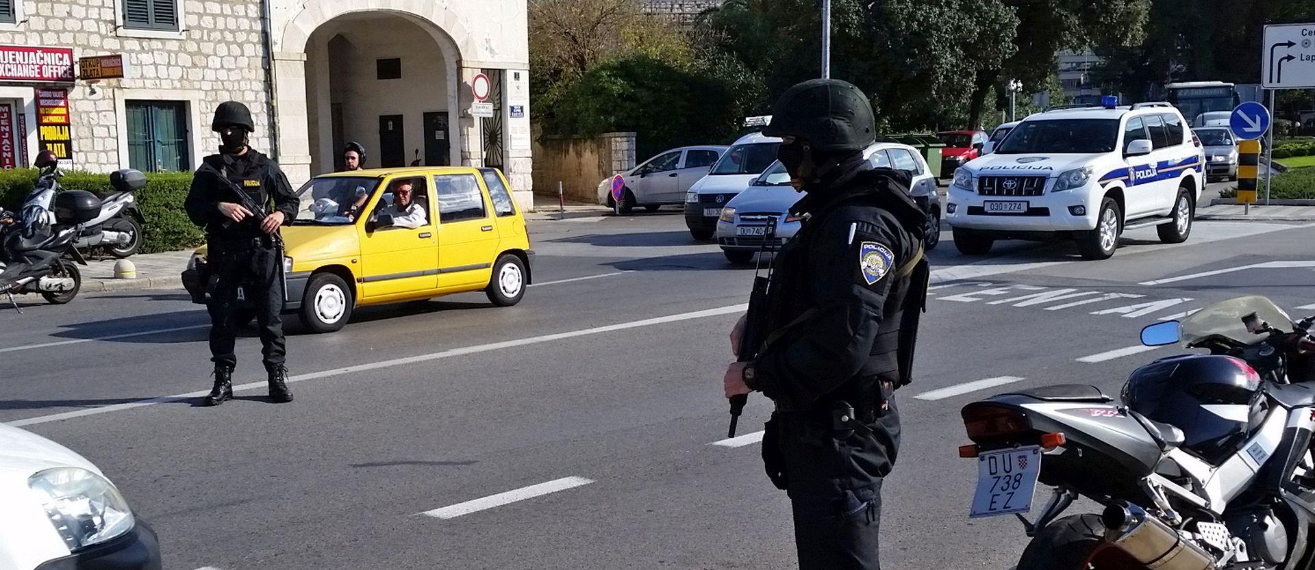 VELIKA AKCIJA: Zbog krijumčara droge specijalna policija na dubrovačkim ulicama