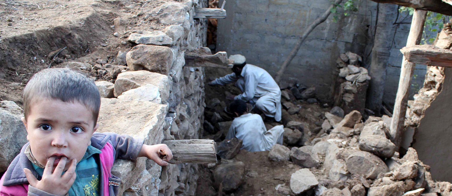 HUMANITARNA KATASTROFA: Afganistanski talibani objavili prekid vatre u zoni potresa