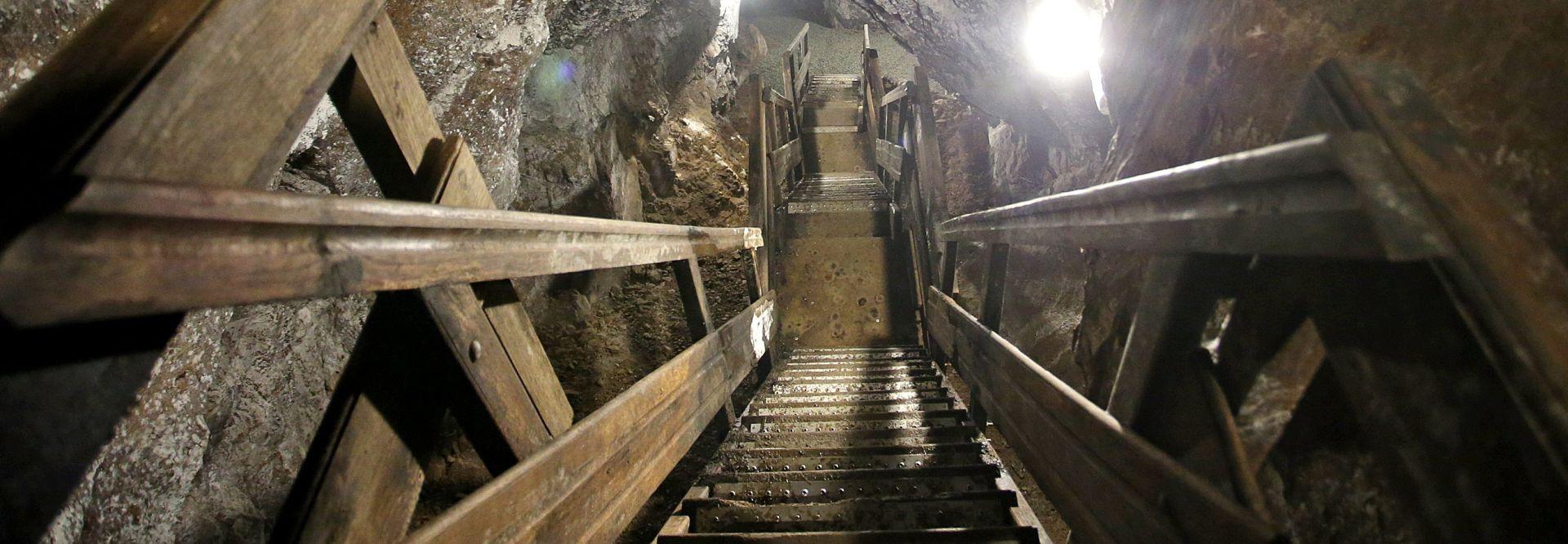 U Južnoafričkoj republici 950 rudara ostalo pod zemljom