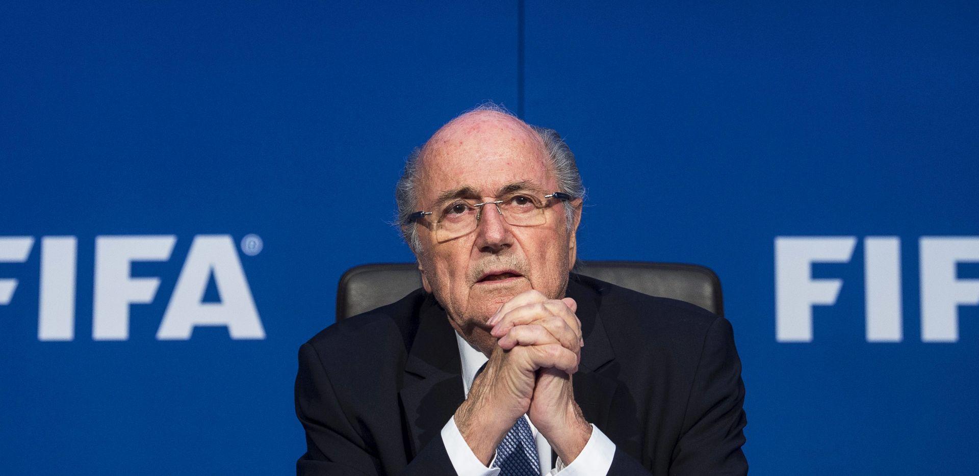TVRDOGLAVOST Blatter odbacio pozive da odmah napusti FIFA-u