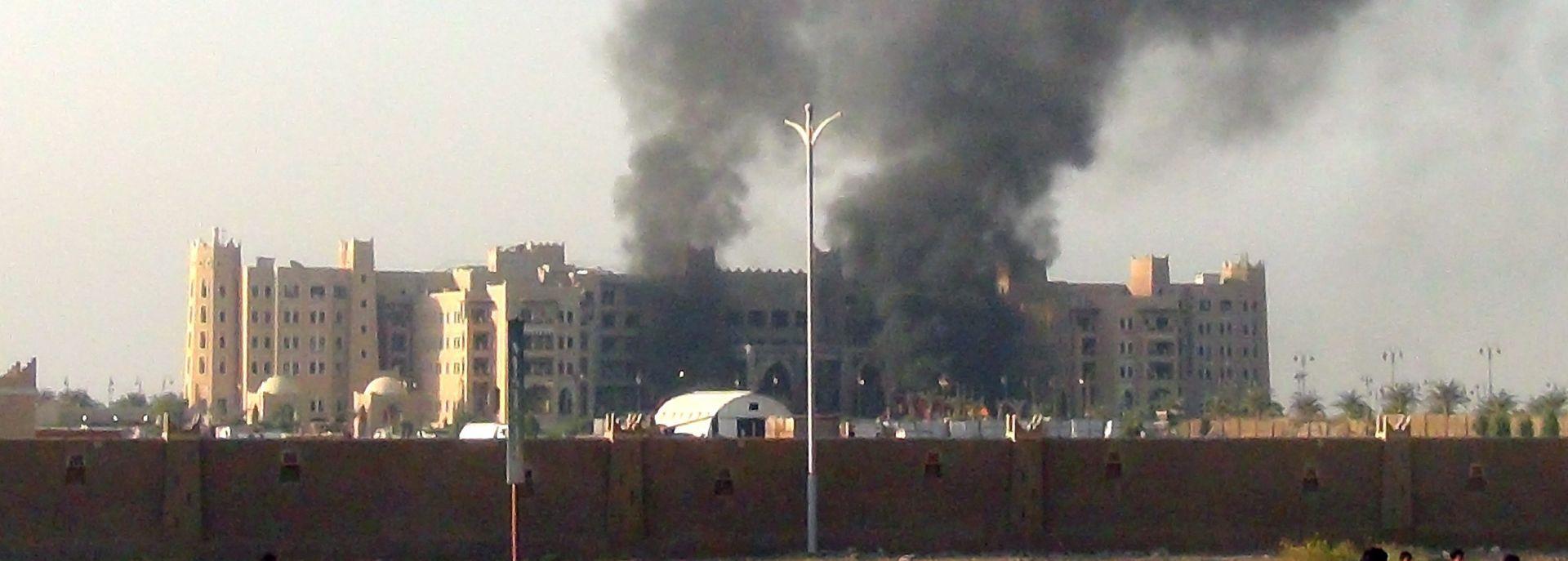 NAPAD U ADENU: Jemenski premijer preživio atentat