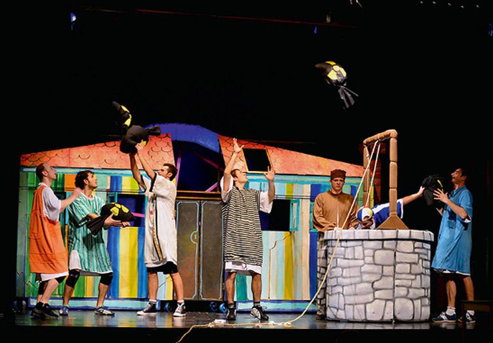 ŽAR PTICA Petnaest predstava sa sto izvedbi u 15 godina
