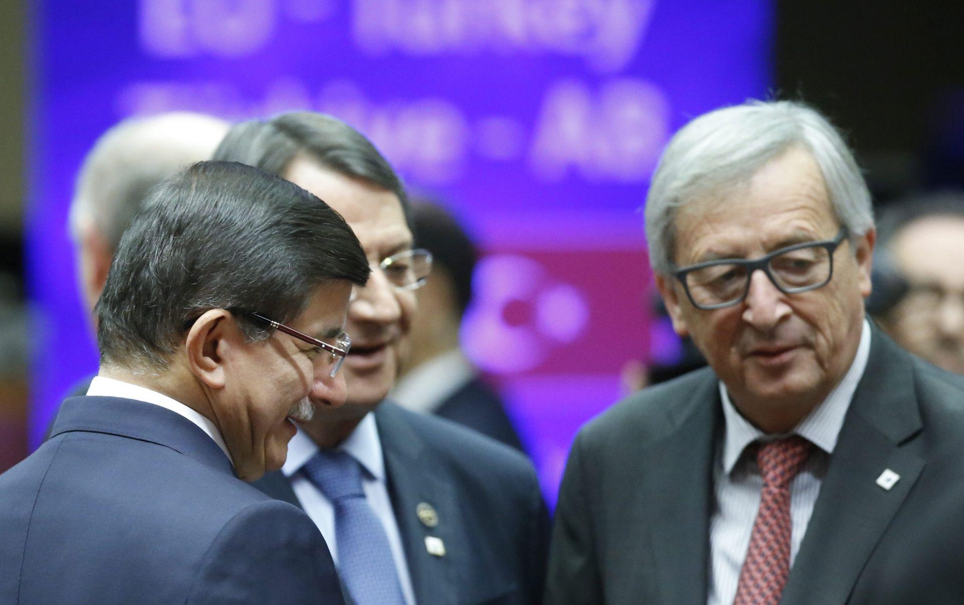 SUMMIT EU TURSKA Davutoglu: Danas je povijesni dan za turske pristupne pregovore