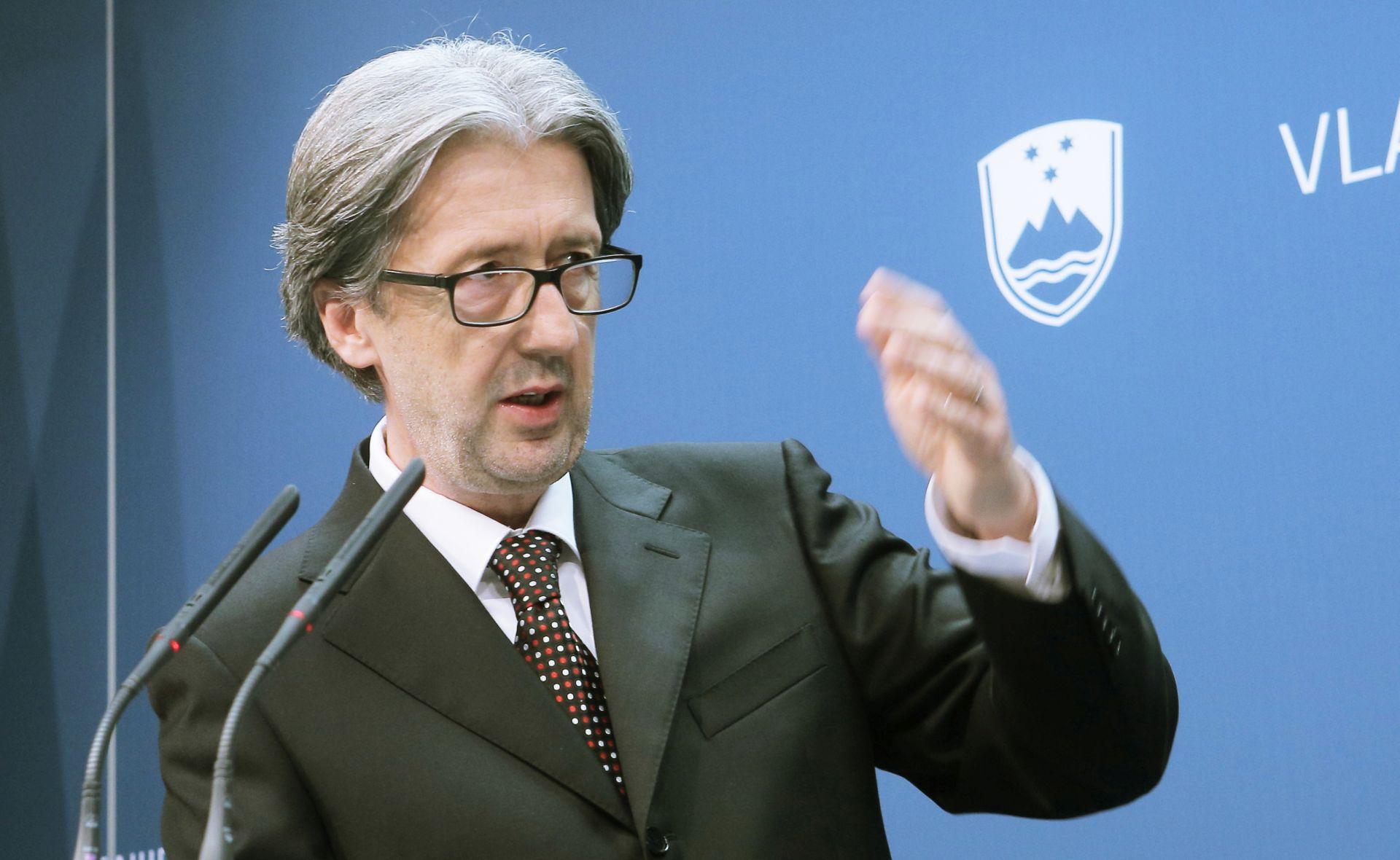 Šefic: Slovenija i Austrija ne zatvaraju granicu