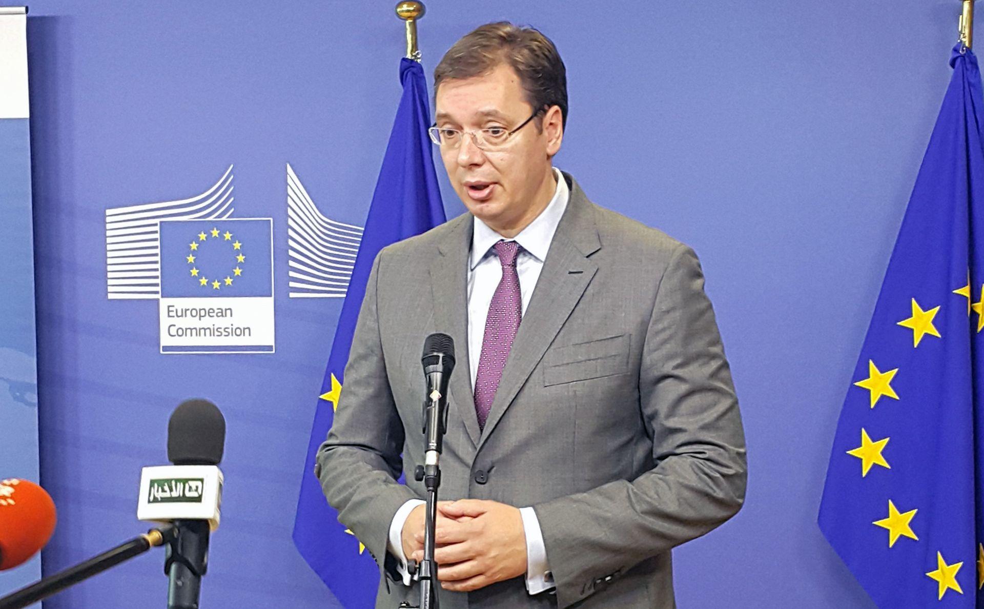 Srbijanski premijer Aleksandar Vučić čestitao Karamarku na pobjedi