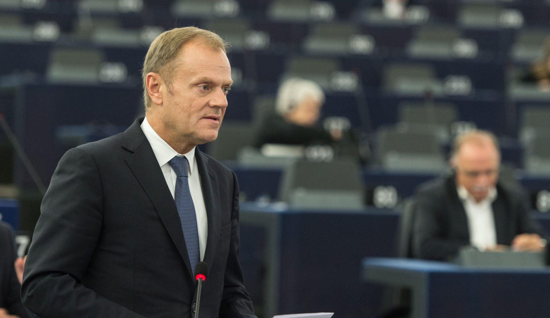 Tusk sazvao neformalni summit EU-a o migrantskoj krizi, traži očuvanje Schengena