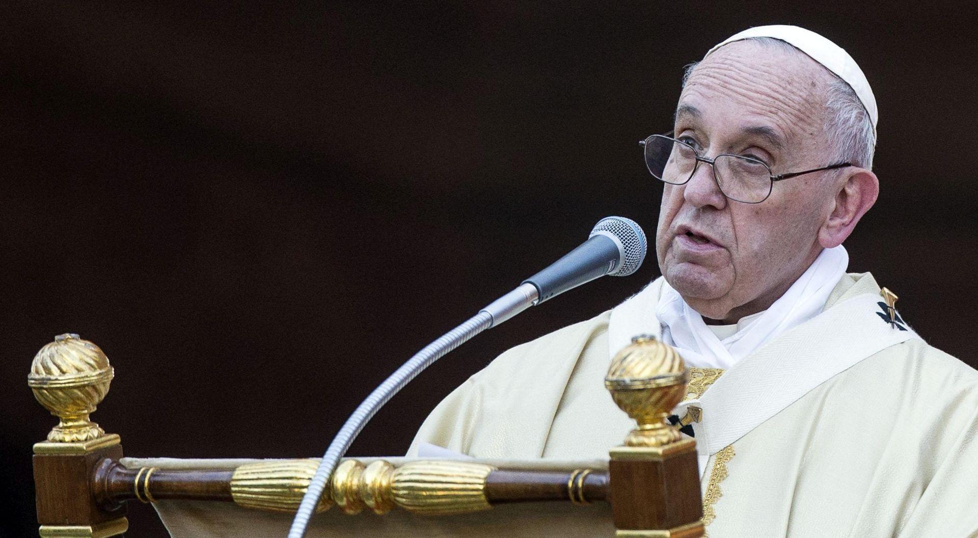 Papa ogorčen novim Vatileaksom, ali odlučan u provedbi reformi