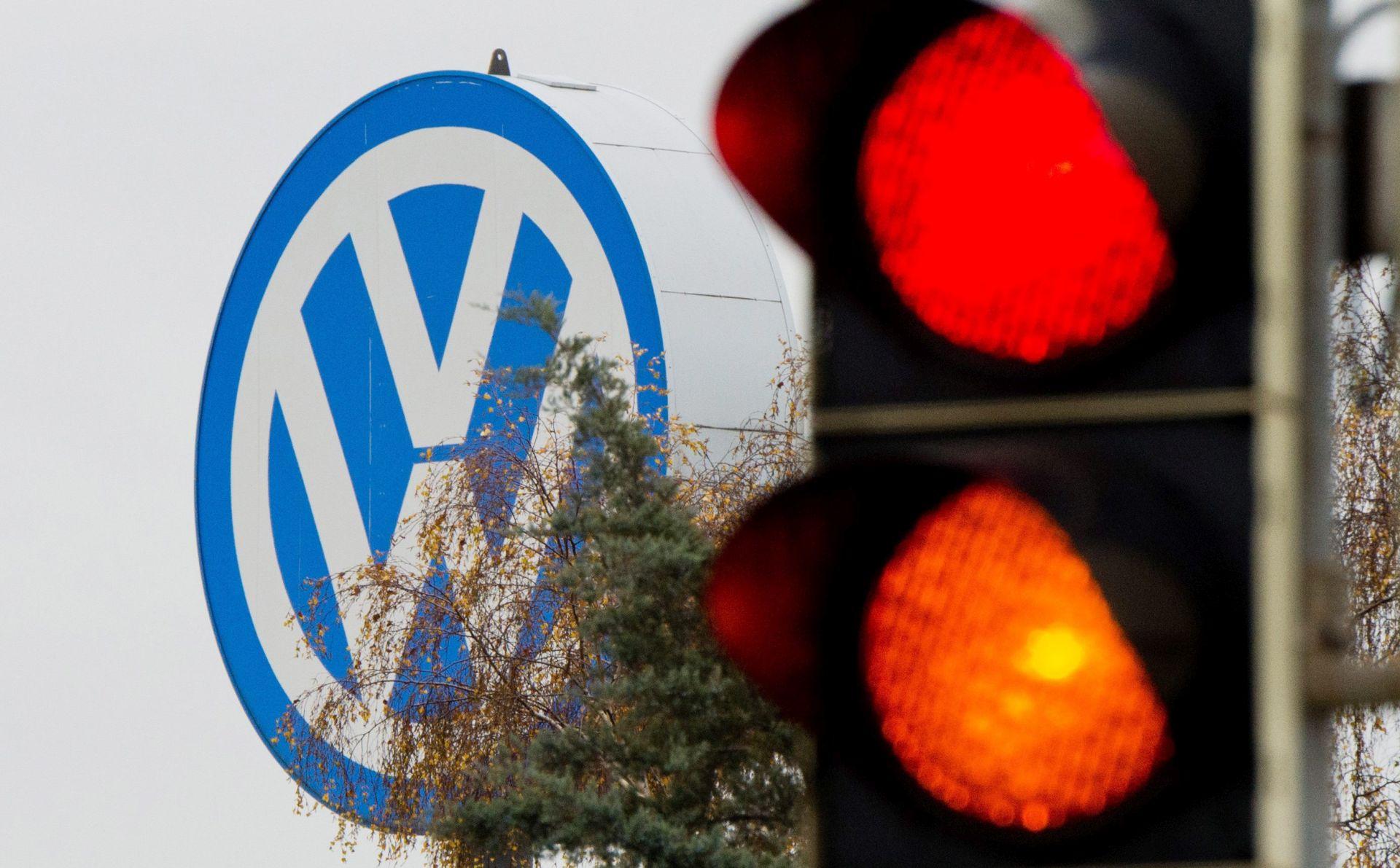 VW zviždačima dao rok do kraja studenoga da otkriju što znaju o skandalu s dizelskim motorima