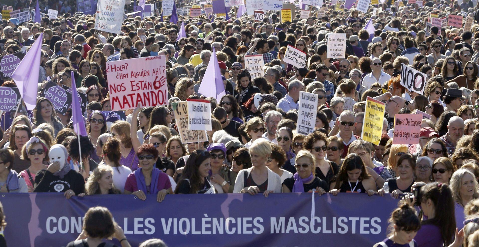 Španjolci veliki prosvjedom osudili nasilje protiv žena